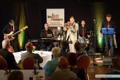 Hot Jazz Stompers und Startrompeter Norbert Susemihl in Cloppenburg
